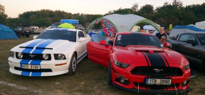 Elrajtolt a 17. Nemzetközi Amerikai Autó Fesztivál